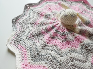 And 'Rapunzel' is a delicate blend of pink, grey and white